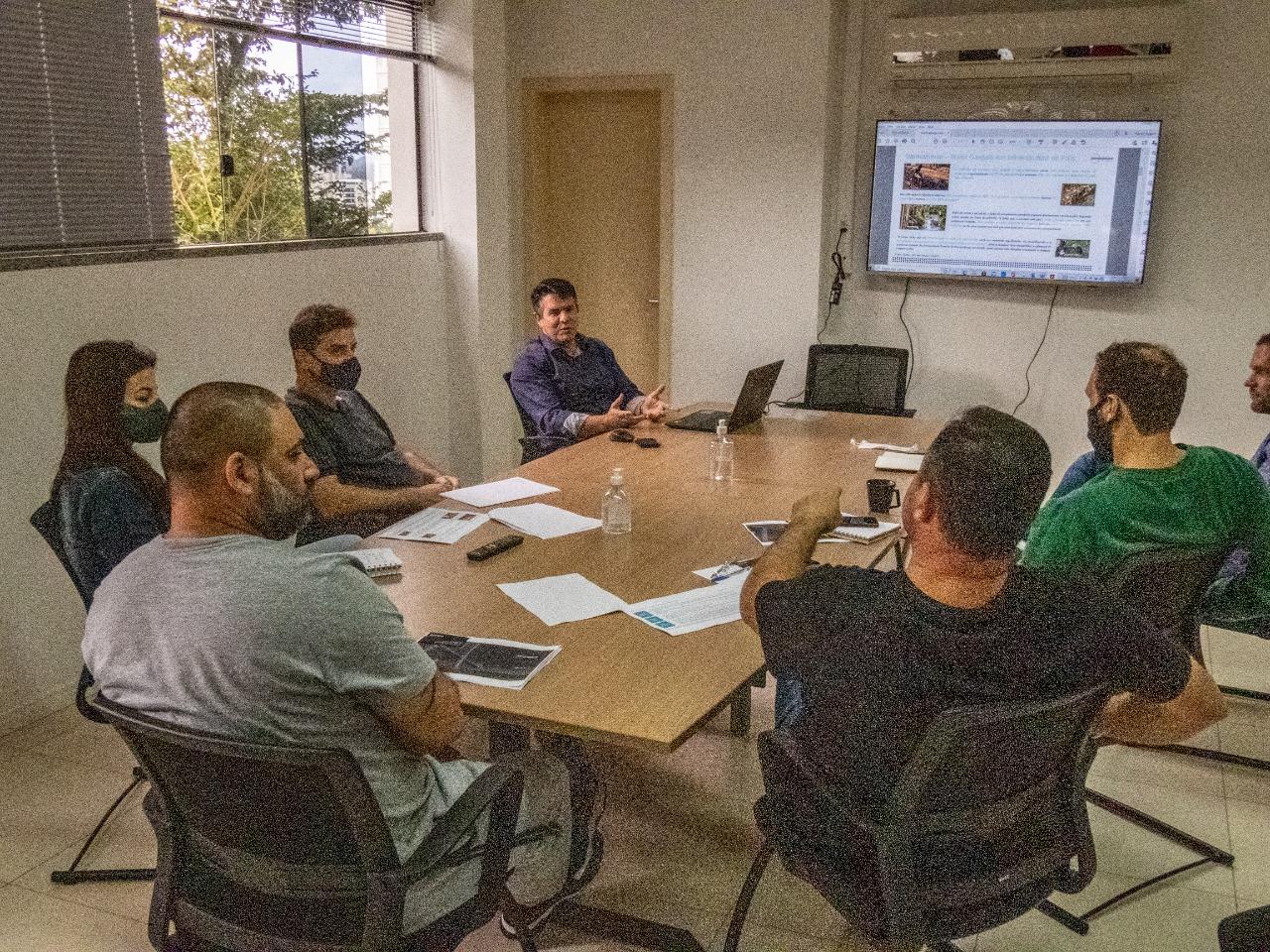 Samae recebe representantes de empresa de investimentos em saneamento
