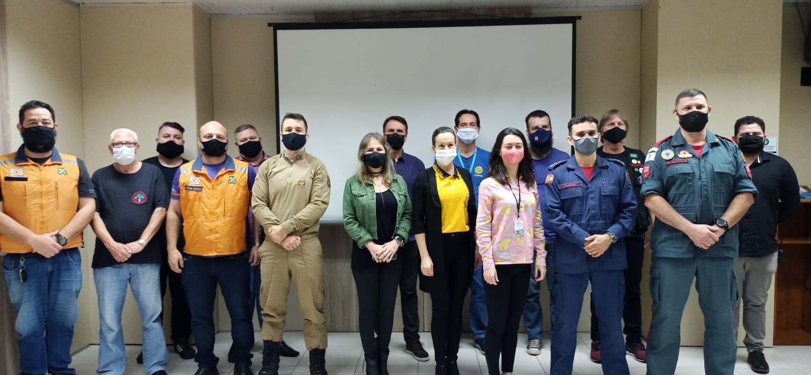 Membros do Conselho Municipal de Defesa Civil tomam posse