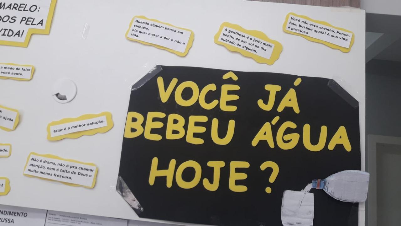 Com criatividade profissionais da UBS do bairro Ponta Russa promovem a Campanha do Setembro Amarelo