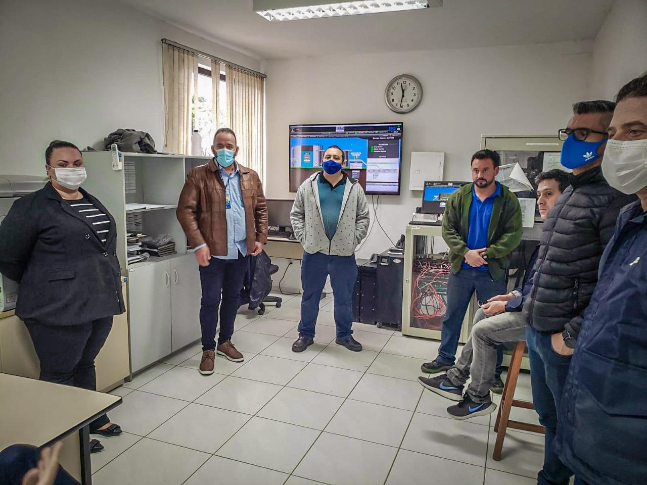 Diretoria e corpo técnico do Samae Blumenau visitam Brusque