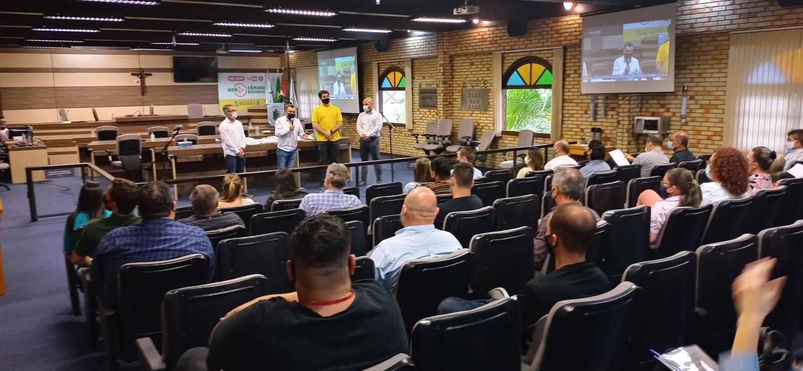 Empresários participam de seminário sobre Lei Geral de Proteção de Dados