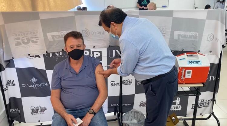 Confira os números da vacinação em Brusque neste sábado (16)