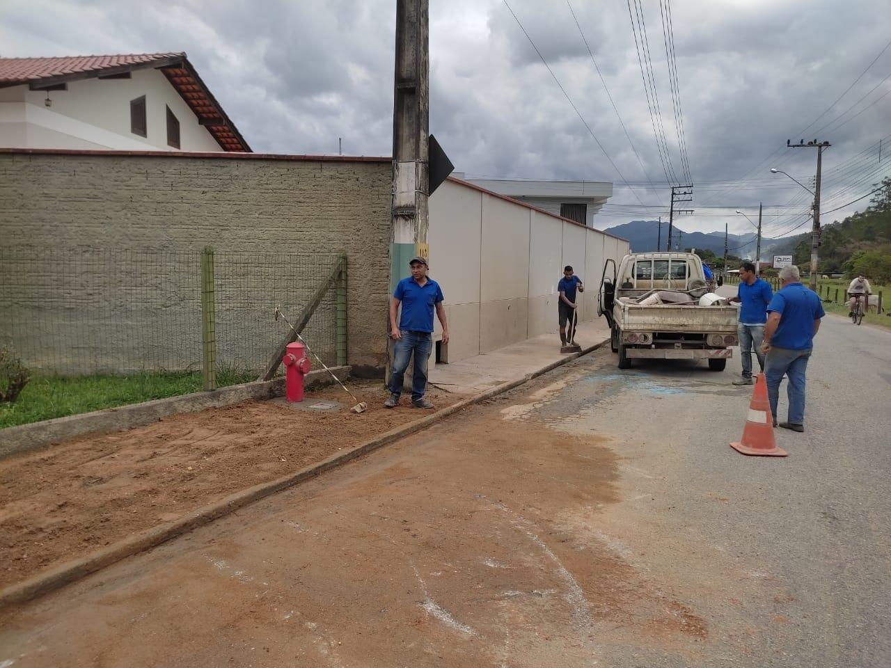 Segurança e logística: Samae inicia instalação de novos hidrantes